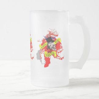 ロマンチックなゴシック様式スカルのバレンタイン愛ハート フロストグラスビールジョッキ