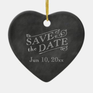 ロマンチックなハートの保存黒板の日付 セラミックオーナメント