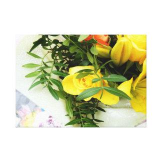 ロマンチックなバレンタインの花束の包まれたなキャンバス キャンバスプリント