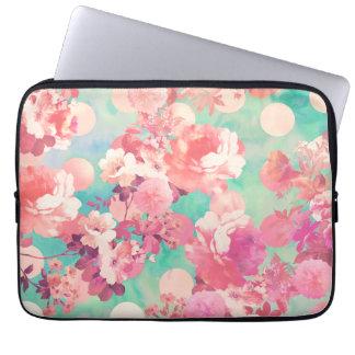 ロマンチックなピンクのレトロの花パターンティール(緑がかった色)の水玉模様 ノート型パソコンスリーブケース