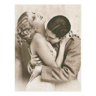 ロマンチックなヴィンテージのカップル ポストカード