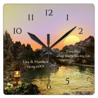 ロマンチックな日没mountain湖の柱時計 スクエア壁時計