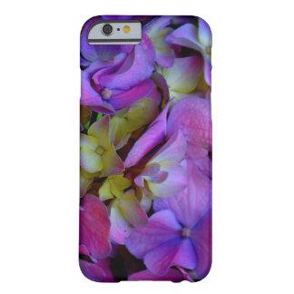 ロマンチックな紫色のアジサイ BARELY THERE iPhone 6 ケース