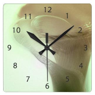 ロマンチックな花の詳細 スクエア壁時計