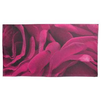 ロマンチックな赤紫のピンクのビロードのバラの花柄の写真 枕カバー