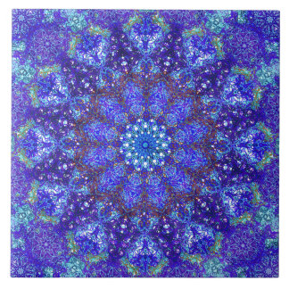 ロマンチックな青色の曼荼羅のオーナメントのアラベスク タイル