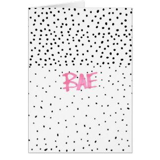 ロマンチックなBAEのタイポグラフィの黒のピンクの水彩画の点 カード