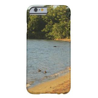 ロングアイランドのビーチの砂 BARELY THERE iPhone 6 ケース