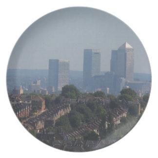 ロンドンのカナリア色の波止場の眺めの記念品のプレート プレート