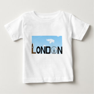 ロンドンのスカイラインの昼間 ベビーTシャツ