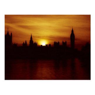 ロンドンの郵便はがきの日没 ポストカード