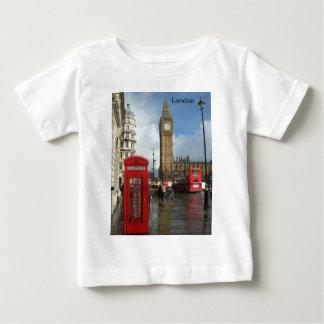 ロンドンの電話箱及びビッグベン(St.K) ベビーTシャツ