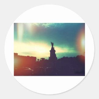 ロンドン上の日没 ラウンドシール