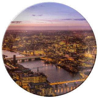 ロンドン夜スカイライン 磁器プレート