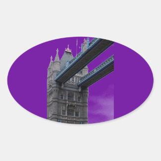 ロンドン橋の下 楕円形シール