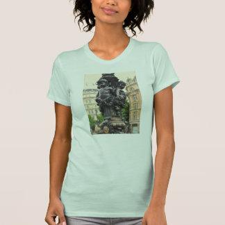 ロンドン都市ランプのポスト Tシャツ