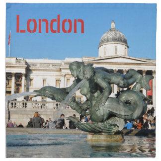 ロンドン、イギリスのトラファルガー広場 ナプキンクロス