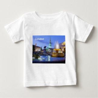 ロンドン[kan.k]。--JPG.JPG ベビーTシャツ