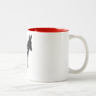 ローカルガーンジーのろばによって着色される内部のマグ ツートーンマグカップ
