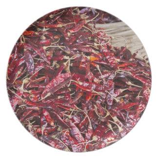 ローカル農産物市場の赤唐辛子 プレート