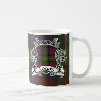 ローガンのタータンチェックの盾 コーヒーマグカップ
