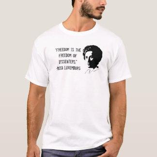 """ローザ・ルクセンブルクの""""意見の相違の自由""""のTシャツ Tシャツ"""