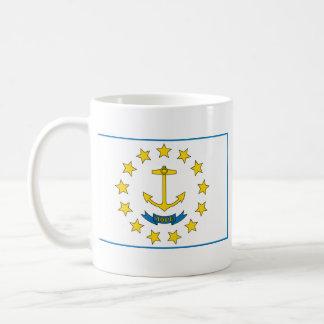 ロードアイランドの旗 + 地図のマグ コーヒーマグカップ