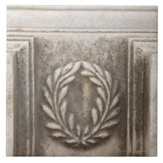 ローマのフォーラム、大理石の石造りのブロックの月桂樹のデザイン タイル