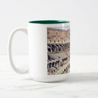 ローマのColosseumのコーヒー・マグ ツートーンマグカップ
