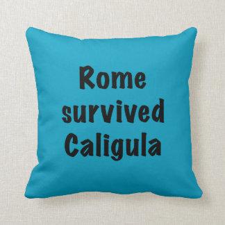 ローマはCaligulaを生き延びました クッション