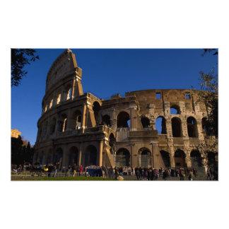ローマイタリアの陸標の有名なColosseum フォトプリント