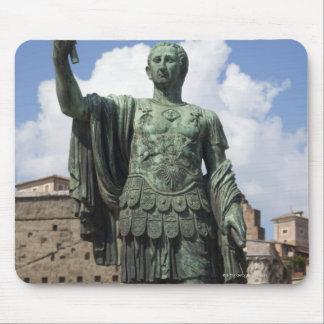 ローマ皇帝の彫像 マウスパッド