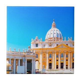 ローマ、イタリア- St Petersのバシリカ会堂 タイル
