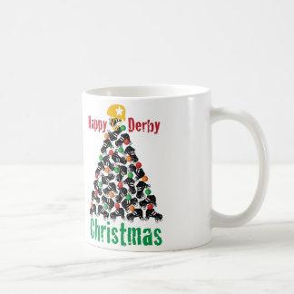 ローラーのダービーのクリスマス、ローラースケートで滑る コーヒーマグカップ