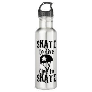 ローラーダービーのスケートで滑るために住むスケート生きている妨害機 ウォーターボトル