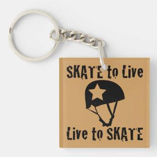 ローラーダービーのスケートで滑るために住むスケート生きている妨害機 キーホルダー