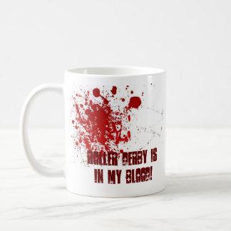 ローラーダービーは私の血にあります! コーヒーマグカップ