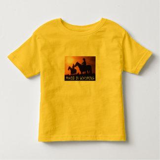 ワイオミングの幼児のTシャツで作られる トドラーTシャツ
