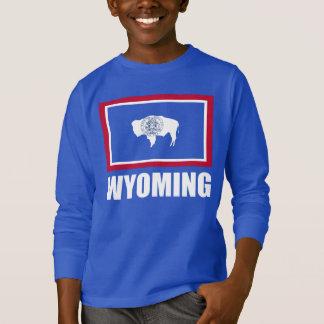 ワイオミングの白い文字の青の旗 Tシャツ