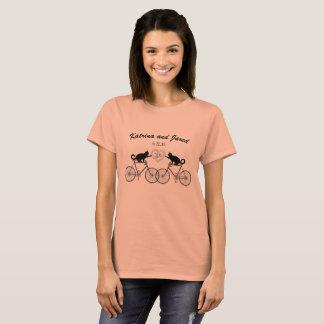 ワイシャツを結婚するバイクTシャツの猫 Tシャツ