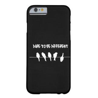 ワイヤーの鳥-異なるがあることを敢えてして下さい(黒) BARELY THERE iPhone 6 ケース