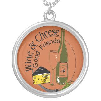 ワインおよびチーズよい友人 シルバープレートネックレス