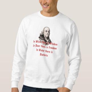 ワインで知恵のTシャツがあります スウェットシャツ