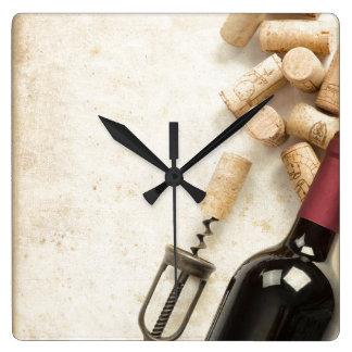 ワイン・ボトルの柱時計 スクエア壁時計