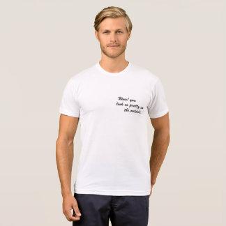 ワウ! 外側でとてもかわいらしく見ます Tシャツ
