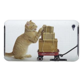 ワゴンおよび箱を持つ猫 Case-Mate iPod TOUCH ケース