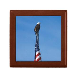 ワシおよび米国旗-ギフト用の箱 ギフトボックス