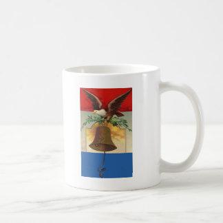 ワシおよび自由の鐘 コーヒーマグカップ