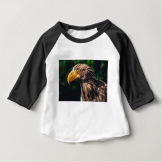 ワシのクローズアップ ベビーTシャツ