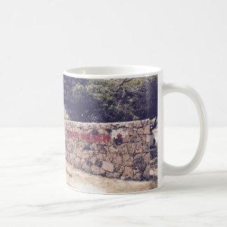 ワシのビーチ-白11のozのクラシックで白いマグ コーヒーマグカップ